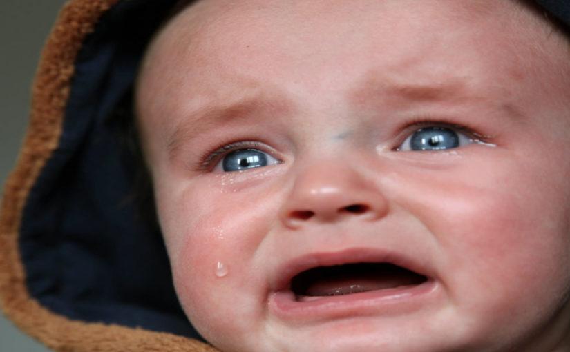 5 фраз, которые не рекомендуют говорить плачущему ребенку