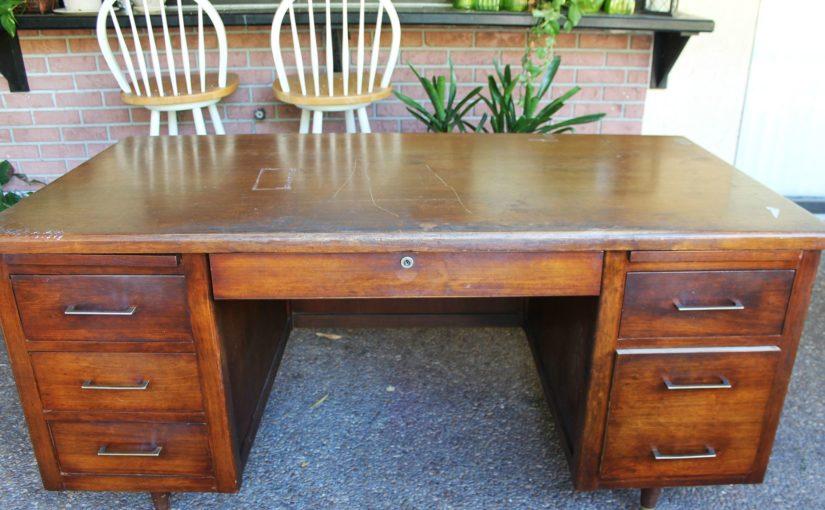 Несколько восхитительных идей, как можно переделать старую мебель